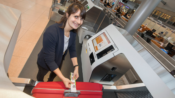 New kiosks for fully automated baggage drop at Hamburg Airport