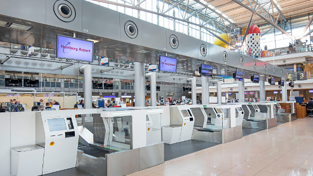 With the new, fully automated baggage drop, passengers will benefit from even more independence and flexibility at departure at Hamburg Airport.